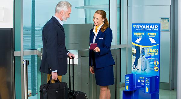 600x330-man_boarding_gate.jpg